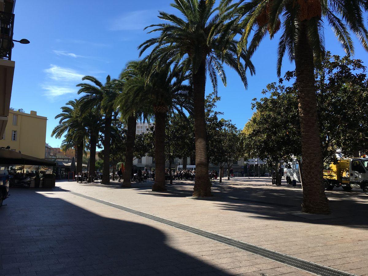 Place Arago