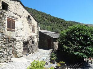 Le village de Thuès d'Evol