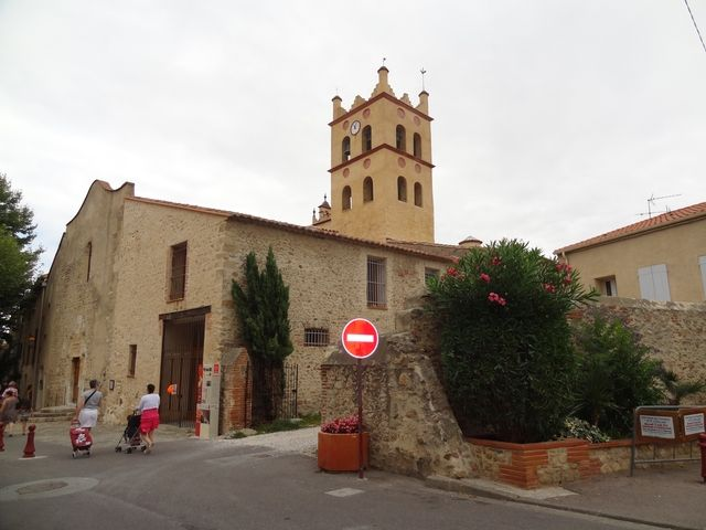 St Génis des Fontaines