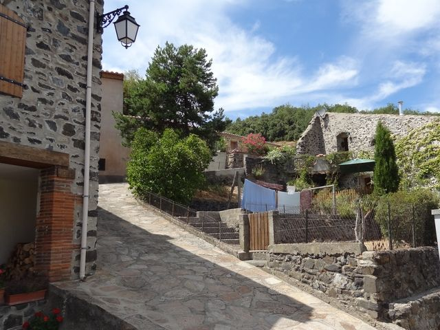 Le village de Vira